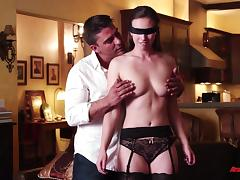 A blindfolded girl cums as she gets fucked by a stranger