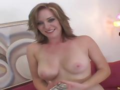 Paying a cheating bimbo MILF for nasty sex & a facial