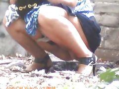 Peeing near garages
