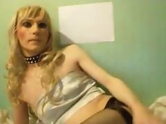 Crossdresser TV Sandra poses and sucks dildos