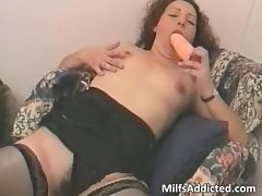 After big dildo pussy playing she