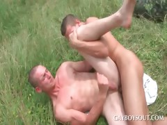 Muscled gay gets ass fucked outdoor