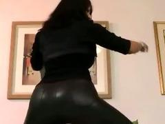 Teen amateur slut stripping
