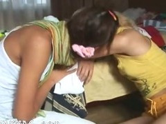 Kissing and masturbate of two teenies