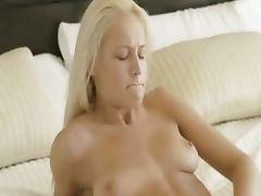 blond babe deep fingering snatch