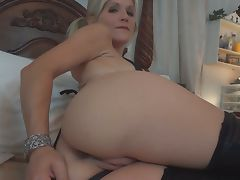 Cock sucking blonde whore playing pussy in pov