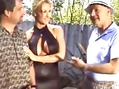 Alexis is a fantastic blonde haired MILF who has