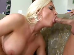 Insanely Hot Housewife Diamond Foxxx Gets A Serious Fuck From Her Husband