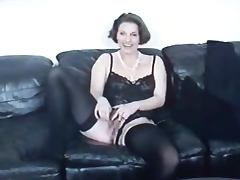 German Amateur Mature lady stuffs her pussy and sucks a cock