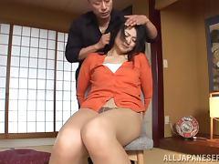 Horny Risa Murakami blows a cock and gets toyed