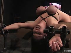 Claire Dames gets an unexpected orgasm while being tormented