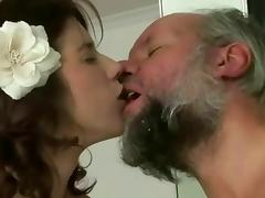 Pissing makes her super horny